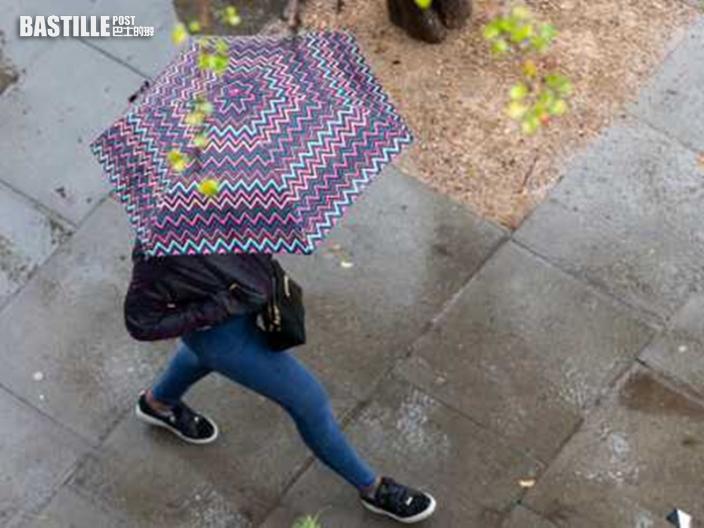 今早黃雨警告生效近1個半小時 多區有大雨