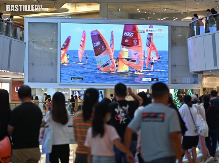 【東京奧運】大批市民商場聚集 為港將打氣