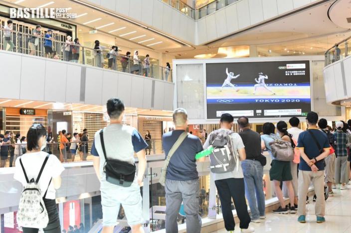 【東京奧運】張家朗杜凱琹出戰 市民聚商場睇直播打氣