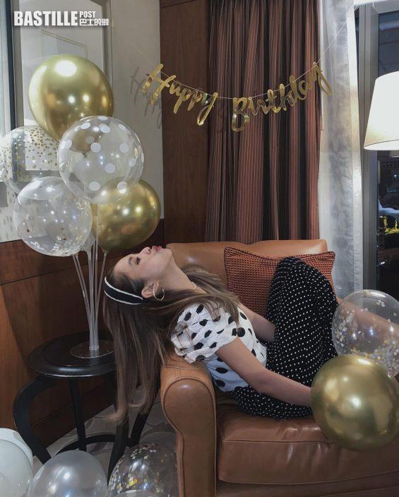 復古Dresscode影過千靚相打卡 蘇麗珊同好友Staycation賀29歲生日