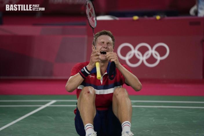 【東奧羽毛球】安賽龍挫諶龍男單奪金 賽後痛哭想和親友分享喜悅