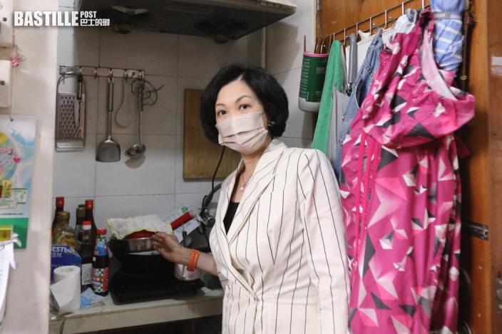 探訪患腎病劏房戶 葉劉冀房署恩恤助其優先上樓