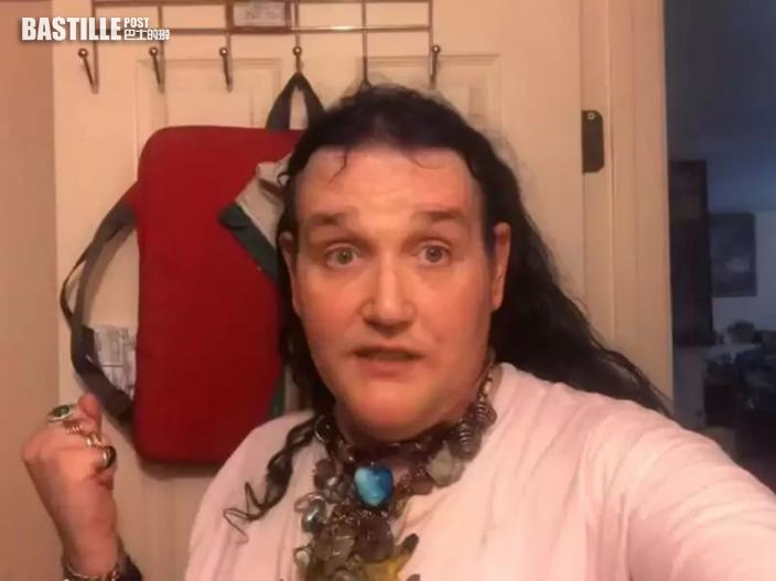 跨性別網紅涉性侵79歲失智母 被起訴亂倫面臨12年監禁
