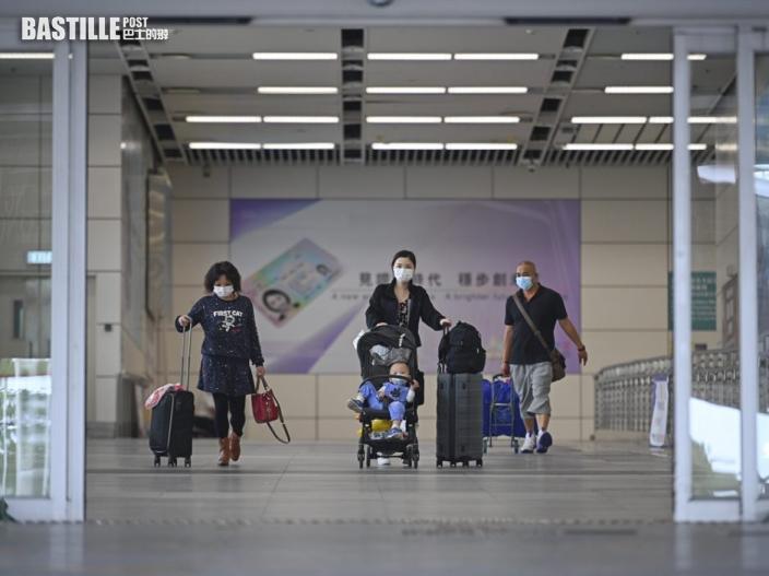 政府:內地返港打齊兩針人士 強檢期仍可縮至7天