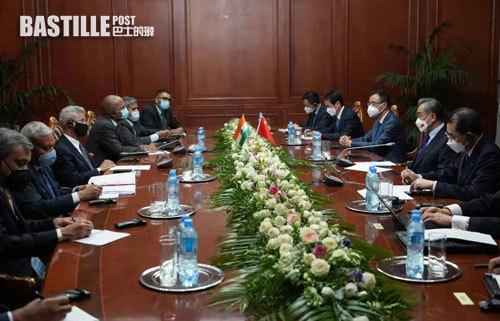 王毅會見印度外長 聚焦中印邊界問題