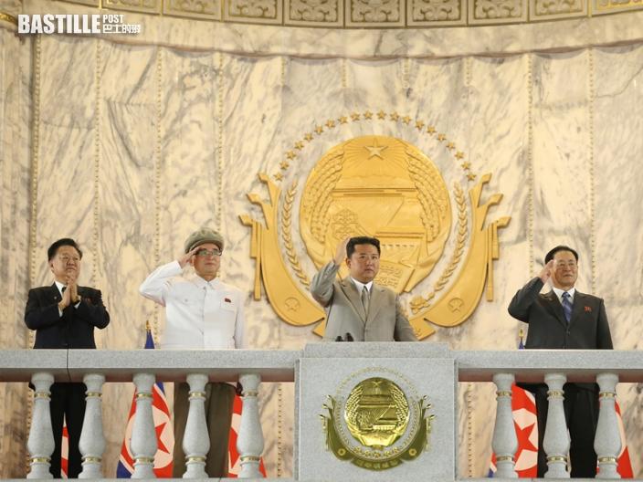 北韓建國73周年舉行夜間閱兵儀式 金正恩未有發表講話