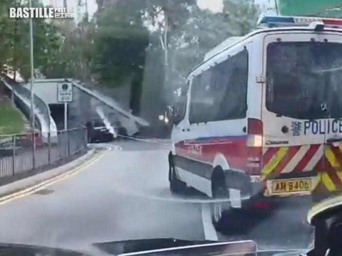 網傳衝鋒車迴旋處亂切線 警:已向駕駛警員發告票