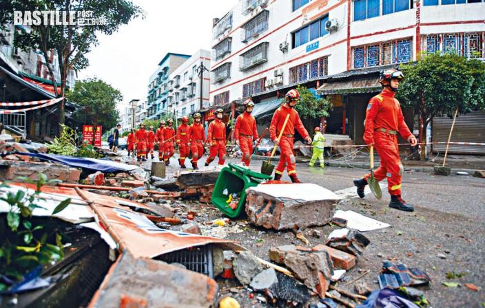 四川瀘縣六級地震 三死百傷房屋倒塌