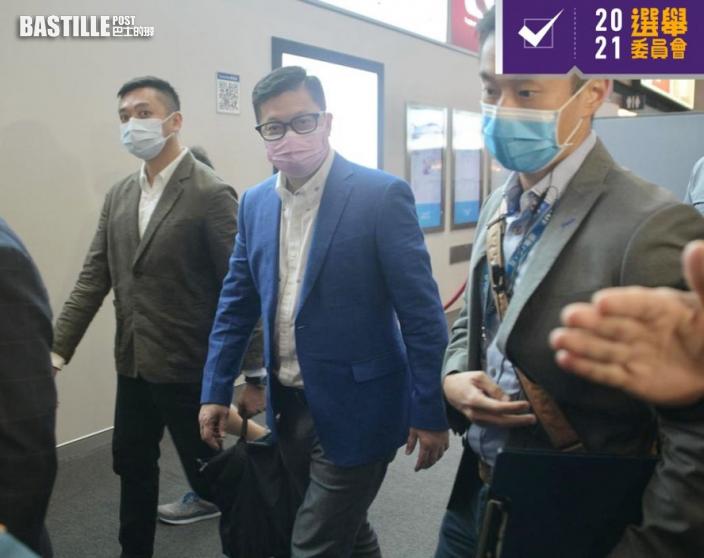 選委會|會展票站下午人流稀疏 鄧炳強到場巡視