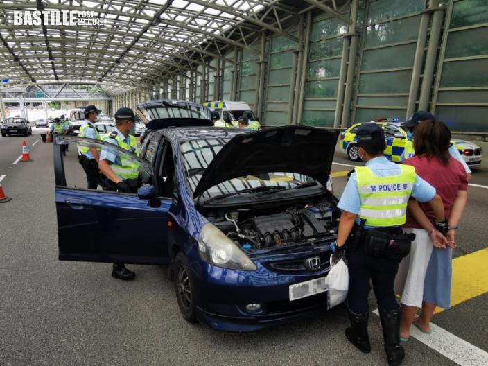 警拘馬鞍山司機涉藥駕藏毒 女乘客同被捕