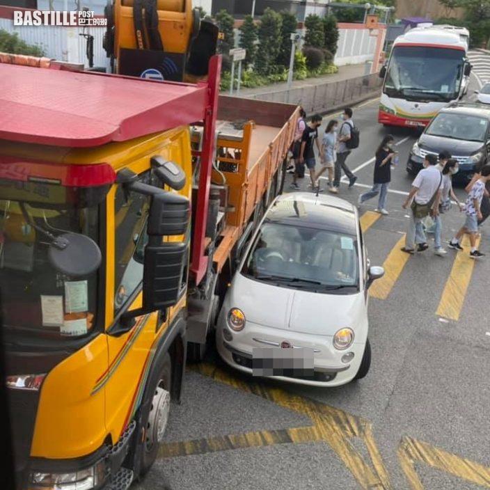 中秋節多區發生交通意外擠塞