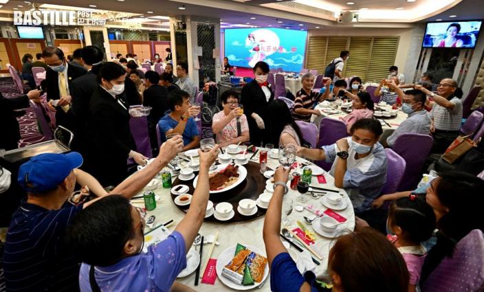 多間酒樓中秋節爆滿 飲食業指生意較去年增5成以上