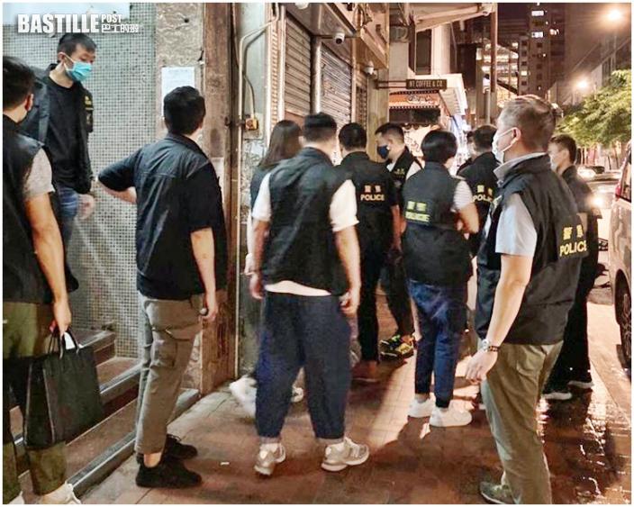 尖沙嘴3酒吧卡拉OK違規 3負責人被控中年醉漢鬧事被捕