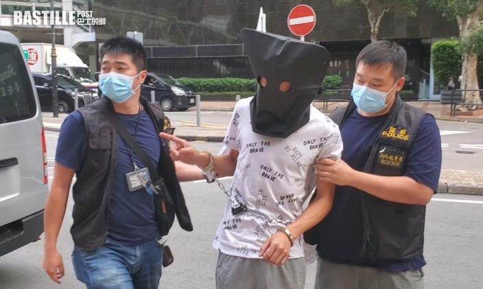 刀劫便利店增值WeChat 警事隔三日拘兩男
