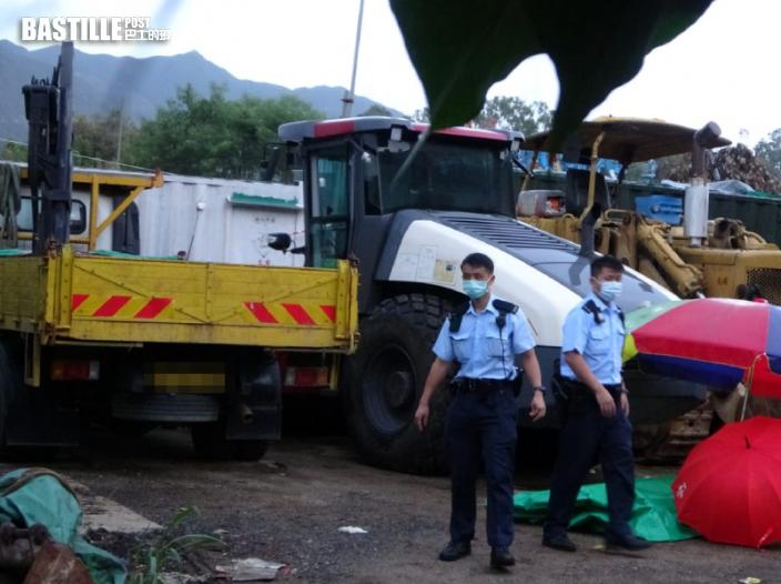 洪水橋貨倉男工被夾兩車之間 消防救出證實不治