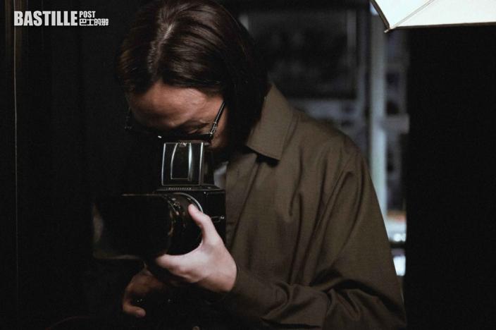 鄭中基出新歌《我們》悼念奶媽 出動私伙古董相機做道具