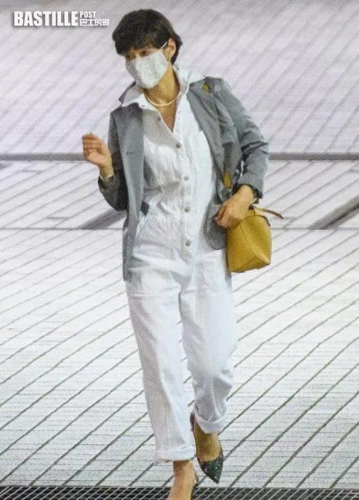 55歲失婚鈴木保奈美打扮年輕 孖22歲長女行街似足兩姊妹