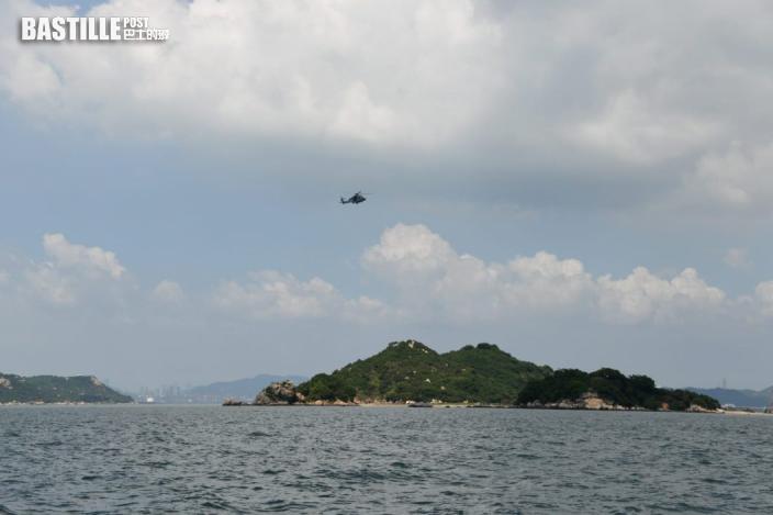 水警屯門沙洲追截走私艇意外翻船 3警墮海受傷1女警失蹤