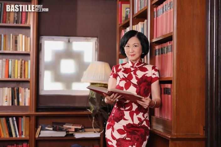Kelly Online 葉劉揭中秋旗袍為慶97回歸訂做 逾20年再著富意義