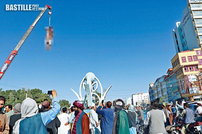 塔利班擊斃四綁匪 屍體懸吊示眾