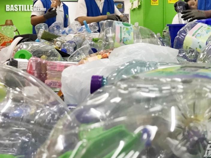 環保署首發現疏忽處理回收物 涉事機構遭停發扣減月費