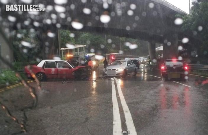 大埔道的士私家車相撞 2司機受傷送院
