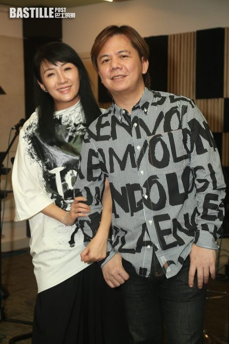 伍仲衡九展音樂會  劉威煌獻唱兼贊助歌衫