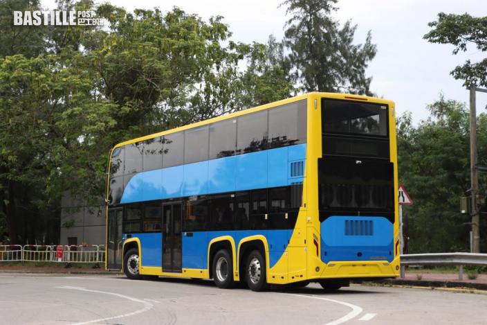 全港首輛雙層電能巴士抵港 新巴城巴:投入日期路線稍後公佈