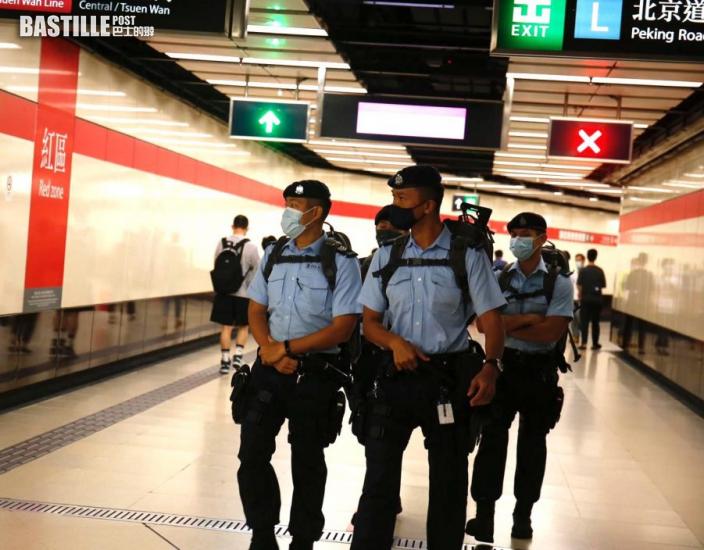警方反恐特勤隊到尖東站巡邏