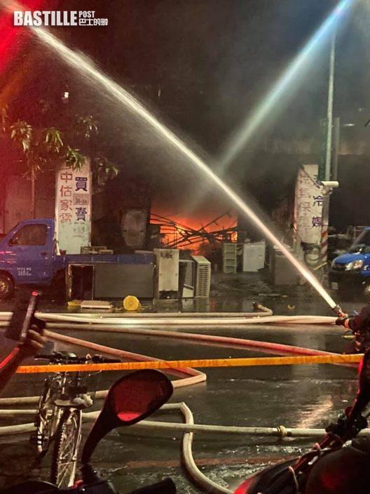 高雄城中城大火呼救聲頻傳 6人獲救無心跳